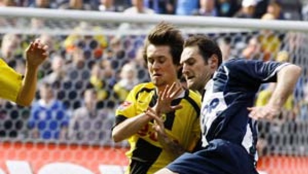 Dortmund verabschiedet sich von Uefa-Cup-Hoffnung