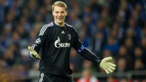 Schalke stimmt Neuer-Wechsel zum FC Bayern zu