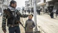 Bewohner kehren in zerstörte Stadt Kobane zurück
