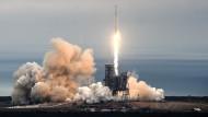 Dragon-Raumfrachter bringt Nachschub zur ISS