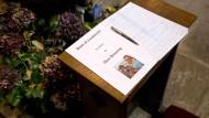 Trauerfeier für Alan Henning