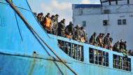 Was steckt hinter Frontex und Triton?