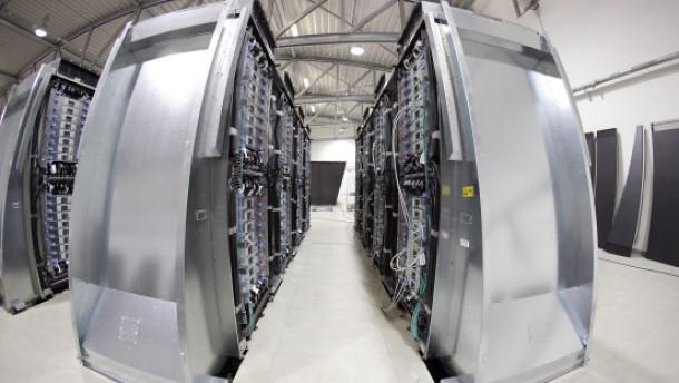 "Microsoft investiert Milliarden in ""Cloud Computing"""