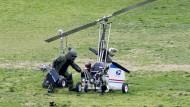Mini-Hubschrauber landet vor dem Kapitol