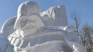Darth Vader aus Eis und Schnee