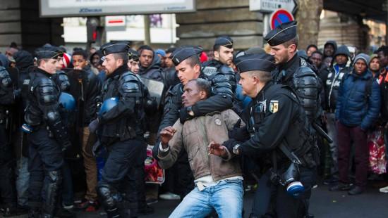 Franzosen demonstrieren gegen geplante Arbeitsmarktgesetze