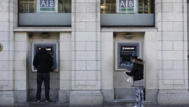 Irischen Banken fehlen 24 Milliarden Euro