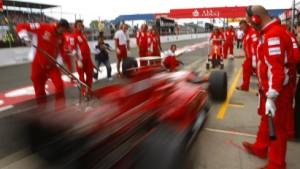Kimi Räikkönen fährt Trainings-Bestzeit