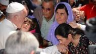 Papst Franziskus besucht Flüchtlinge auf Lesbos