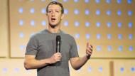 Facebook-Chef räumt Versäumnisse beim Löschen von Hasskommentaren ein