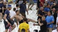Schwere Krawalle rund um England-Russland-Spiel