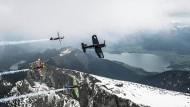 Piloten rasen mit 400 km/h durch Parcours