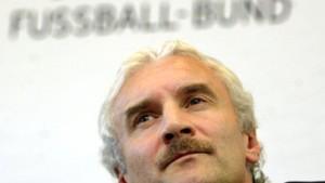 Thomas Brdaric darf mit, Lukas Podolski muß noch warten