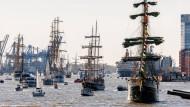 Hamburg feiert Hafengeburtstag