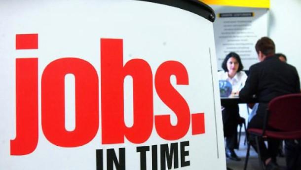 Zeitarbeit treibt die Beschäftigung