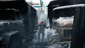 Die Gewalt nutzt Janukowitsch