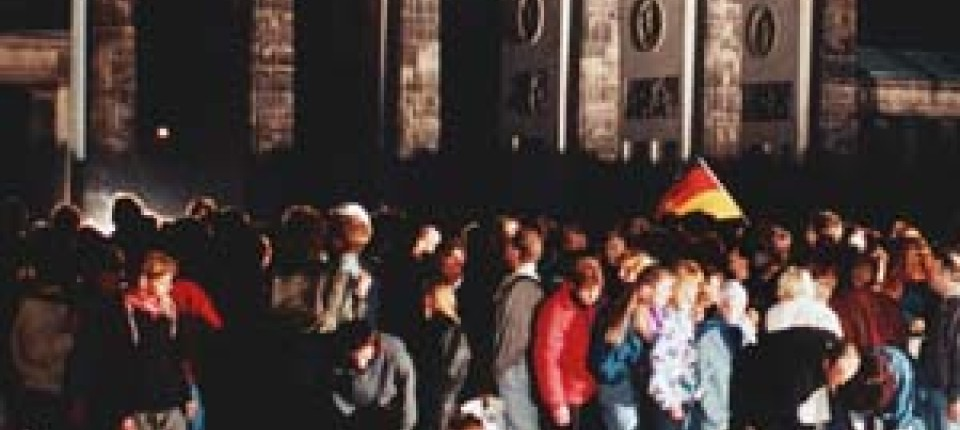 Filmfestspiele Venedig Aus Weiter Ferne So Nah Kino Faz
