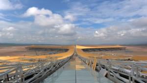 Für neue Landebahnen versetzt China Berge