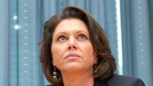 Die Leiden der Bundeskrisenministerin