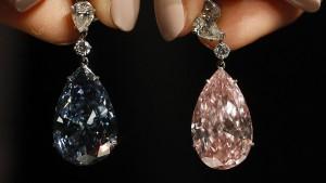 Ein Paar Ohrringe für 60 Millionen Euro