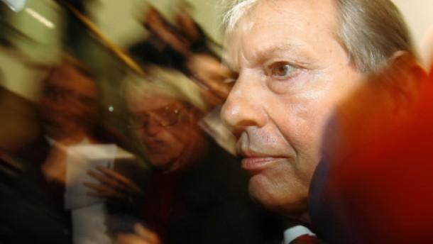 Zwei Jahre und neun Monate: Klaus Volkert muss ins Gefängnis