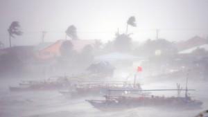 Mindestens zehn Tote bei Taifun auf den Philippinen
