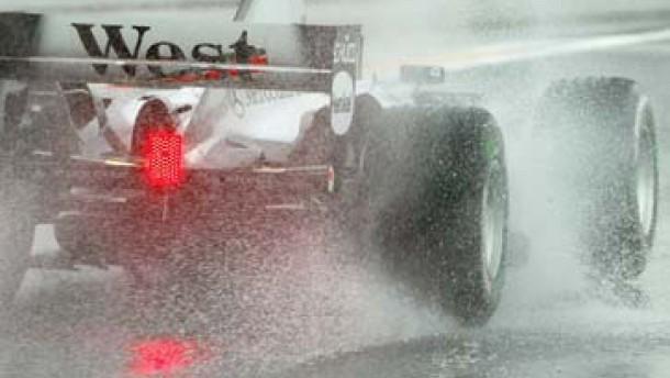 Viel Wirbel in der Formel 1: Taifun stoppt Training