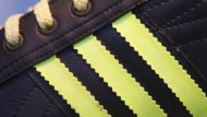 Von Globalisierungskritikern aufmerksam beäugt: Adidas