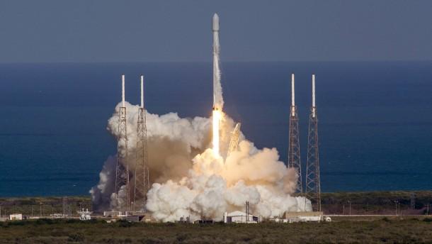 Erfolgreicher Raketenstart für SpaceX