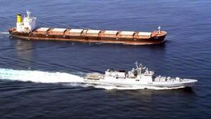 Indische Marine versenkt Piratenschiff