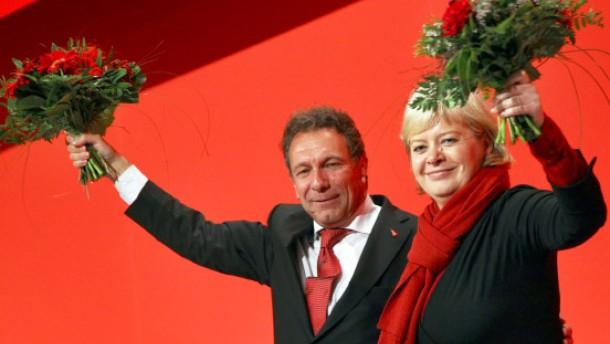 Gesine Lötzsch und Klaus Ernst gewählt