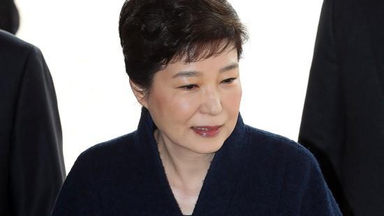 Südkoreas Ex-Präsidentin vernommen