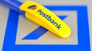 Deutsche Bank greift nach der Postbank