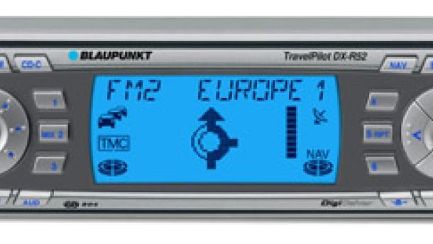 Radio, CD und Routenführung in der Mittelkonsole