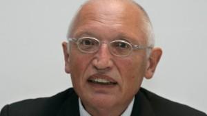 Günter Verheugen bekommt Kontaktverbot