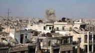 Regierungstruppen schließen Ring um Aleppo