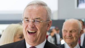 VW-Chef Winterkorn bleibt im Amt