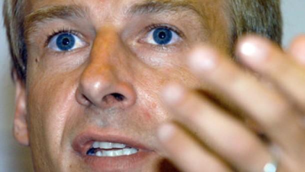 Klinsmann kündigt Kahn längere Pausen an
