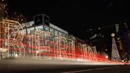 Der Berliner Ku'damm erstrahlt im Lichterglanz