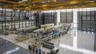 Airbus eröffnet erstes Flugzeugwerk