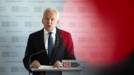 Bahn will Platzeck als Vermittler im Tarifkonflikt
