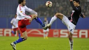 Hamburger SV gewinnt mit viel Mühe