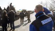Rückgabe schwerer Waffen in der Ostukraine