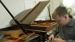 Die sechste Generation nimmt schon Klavierstunden