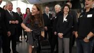 Herzogin Kate zeigt ihren Babybauch