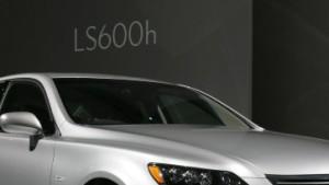 Lexus greift die deutsche Edelklasse an