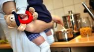 Lässig: Es gibt deutlich weniger überforderte junge Eltern als erwartet.
