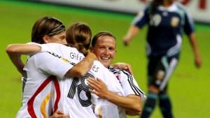 """Deutsches Schützenfest """"nicht gut"""" für den Frauen-Fußball"""