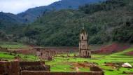 Versunkenes Dorf taucht wieder auf