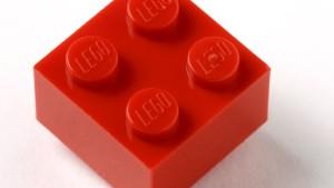 Niemand stellt Legosteine besser her als wir selbst